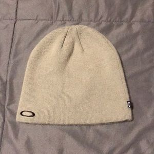 Oakley gray beanie with black embroidered logo